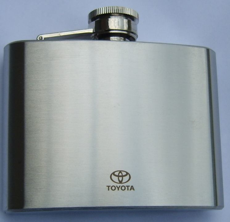 hip-flask-brushed-stainless-steel-toyota-logo