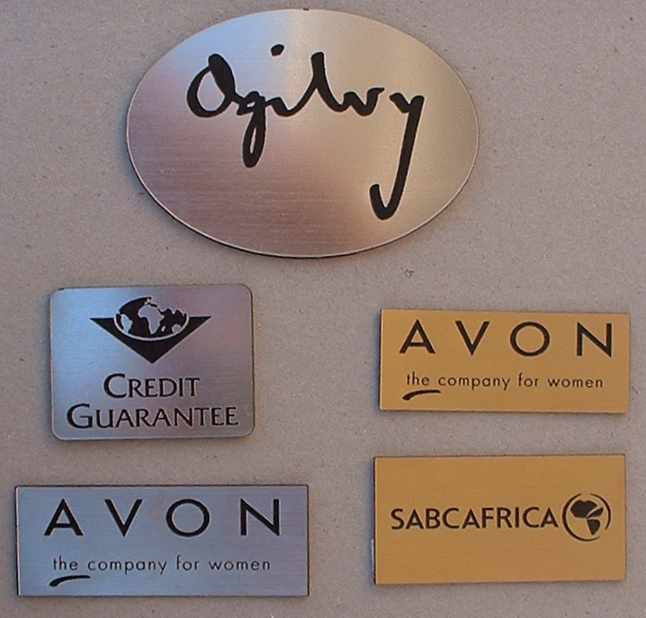 plaques-laser-plastic-gold-and-silver