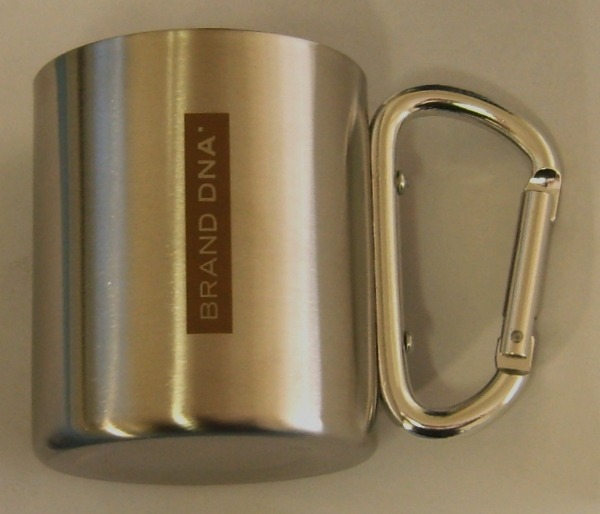 thermal-mug-with-carabiner-brand-dna-logo