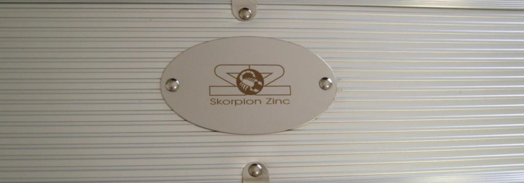 bbq-set-stainless-steel-plaque-engraved1